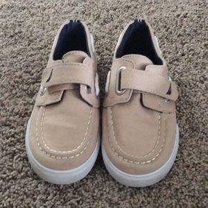 Boys Nautica canvas shoes